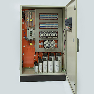 Banco de Capacitores com Reator